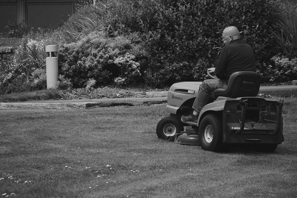 Lawn Mower Repair Deals Near Denver, CO